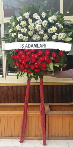 Cenaze çiçeği cenaze çiçek modelleri  Kastamonu çiçek yolla