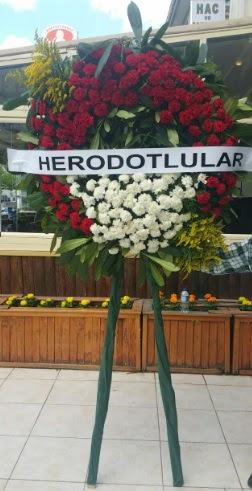 Cenaze çelengi cenazeye çiçek modeli  Kastamonu çiçek satışı