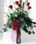 Kastamonu çiçek siparişi sitesi  7 adet gül özel bir tanzim