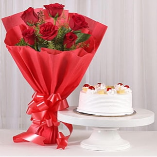 6 Kırmızı gül ve 4 kişilik yaş pasta  Kastamonu çiçek , çiçekçi , çiçekçilik
