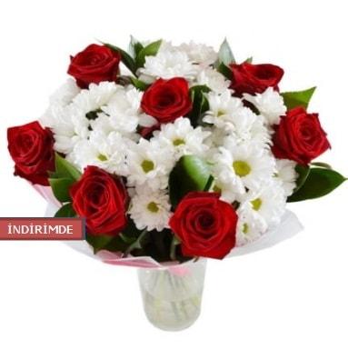 7 kırmızı gül ve 1 demet krizantem  Kastamonu çiçek gönderme sitemiz güvenlidir